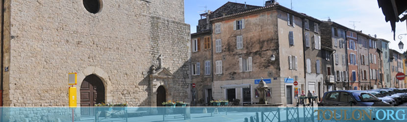 Photo Trans en Provence : Place de l'église.